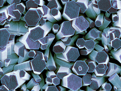 Light microscopic image of zinc crystals